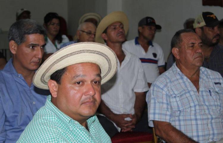 Ganaderos de Los Santos no avalan acuerdo