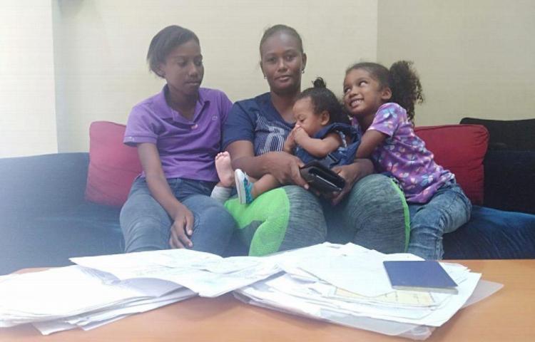 Madre desesperada clama por ayuda para sus siete pequeños