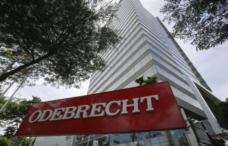 Senador colombiano sale bien librado en el caso Odebrecht