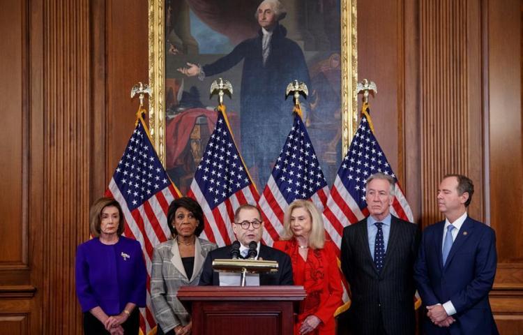 Demócratas imputan a Trump cargos de abuso de poder y obstrucción al Congreso