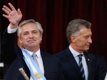 Fernández asume Presidencia de Argentina