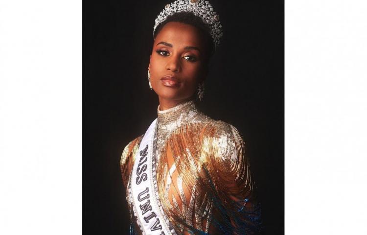 Las curiosidades que seguro ignoras de Zozibini Tunzi, la nueva Miss Universo