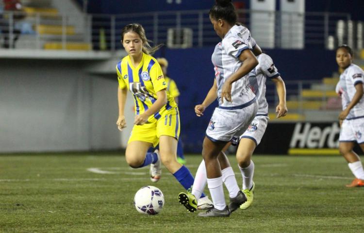 ¿Quiénes disputarán la final del fútbol femenino panameño?