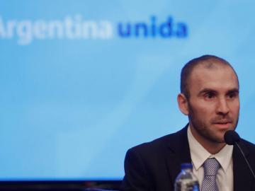 El nuevo Gobierno argentino dice que iniciará consultas