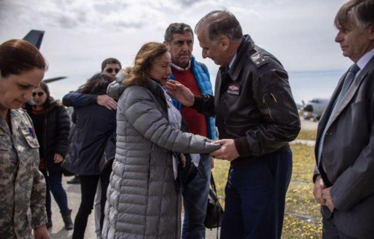 Chile da por muertos a los 38 que iban a bordo del avión que se vino abajo