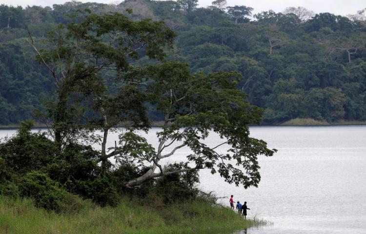 El lago que surte de agua al Canal de Panamá llega a su máximo nivel de acopio