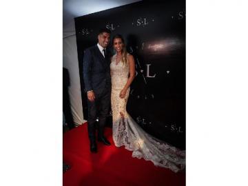 El futbolista Luis Suárez renovó votos con su esposa Sofía Balbi