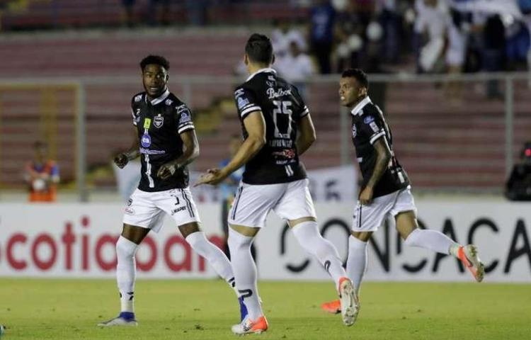 Tauro, del uruguayo Maldonado, iniciará defensa del título ante Árabe Unido