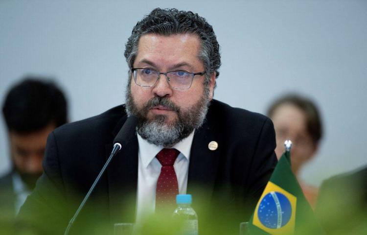 Brasil retiene a cinco militares venezolanos en reserva indígena