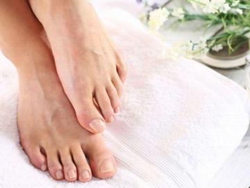 ¡Recuerda que las uñas de los pies también cuentan!