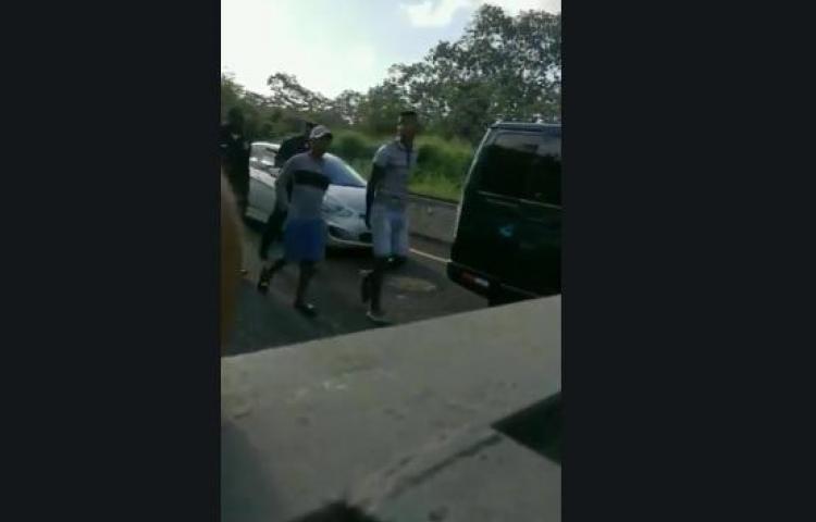 Caen dos que se dedican a robar en el tranque de Autopista Panamá - Colón