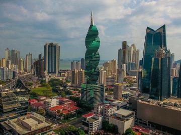 """Panamá se mantiene en la lista de """"paraísos fiscales"""" de Francia"""