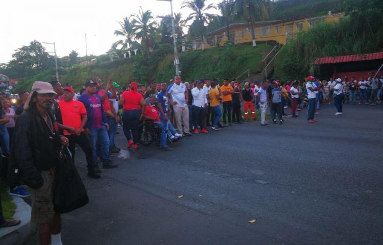 Caos en Colón por protestas de desempleados
