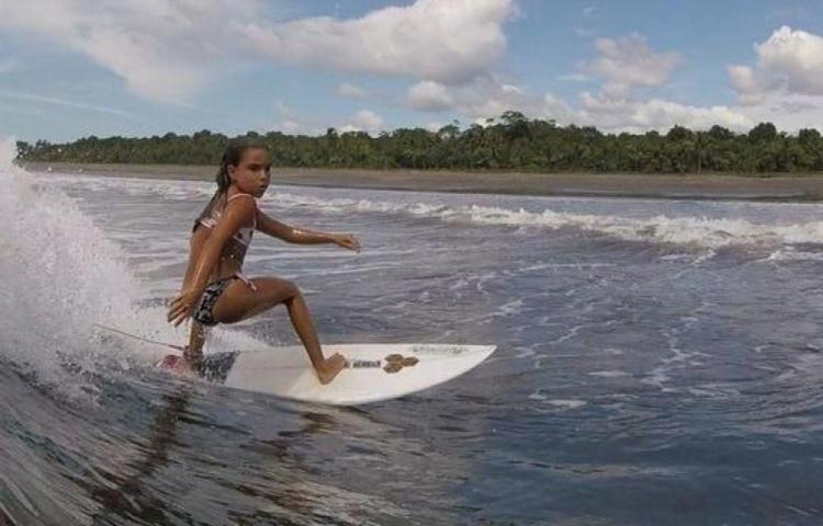 Primera válida del surf nacional infantil