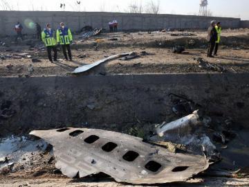 Irán investiga el accidente aéreo y pide frenar las especulaciones