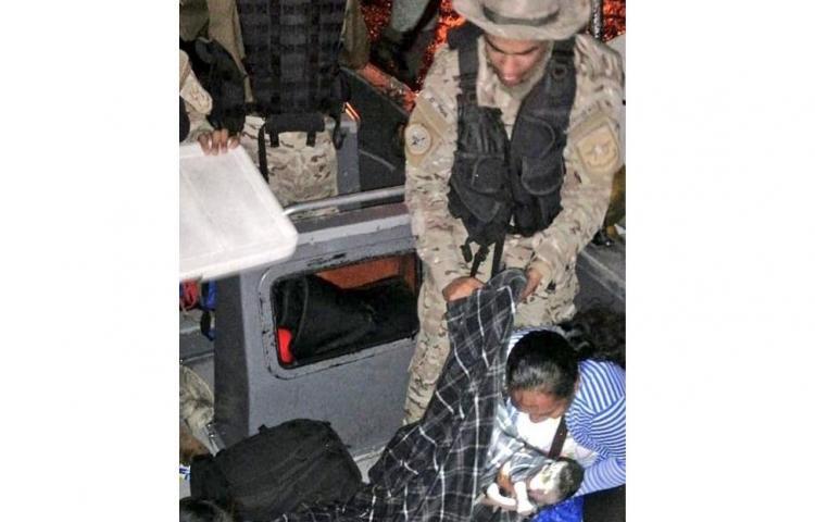 Agentes del Senan asisten en parto de emergencia