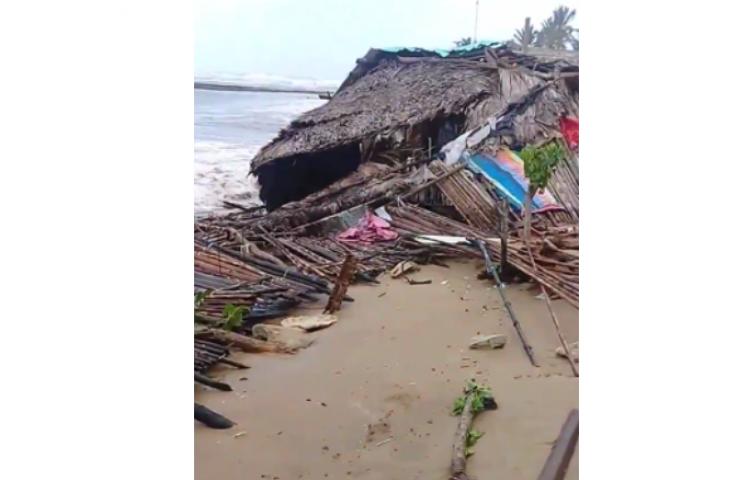 Casi una veintena de viviendas afectadas por fuerte oleaje en Guna Yala