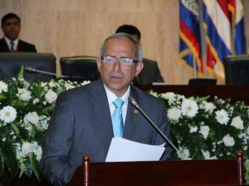 Expresidente del Congreso salvadoreño acusado por lavado