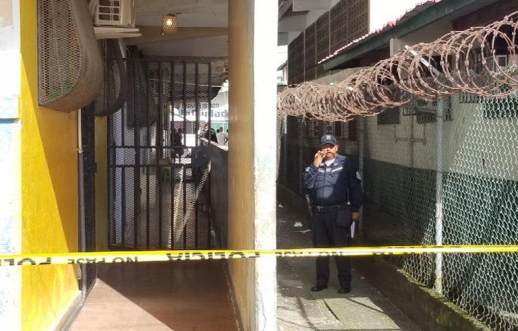 Quedaron detenidos provisionalmente por el asesinato de joven en multi de Colón