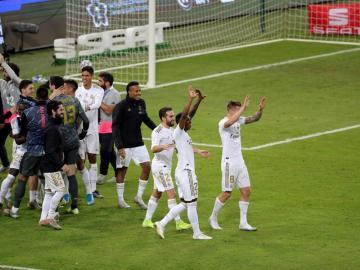 El Real Madrid gana en los penaltis su undécima Supercopa