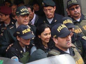 Prohíben salir de Perú a la ex primera dama Heredia por el caso Odebrecht
