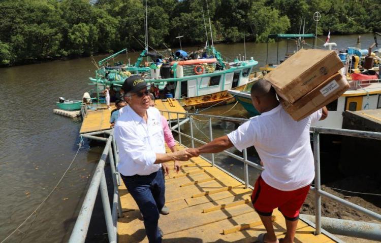 Gobierno mejorará las condiciones de los pescadores chiricanos