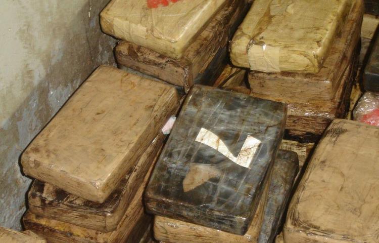 Policía captura a tres colombianos con droga en Guna Yala