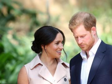 Los duques de Sussex abandonan palacio con la bendición de la Reina