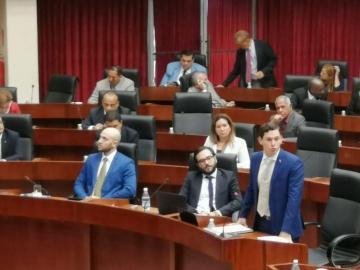 Ley de contrataciones públicas afectada por 'mareo' del Ejecutivo