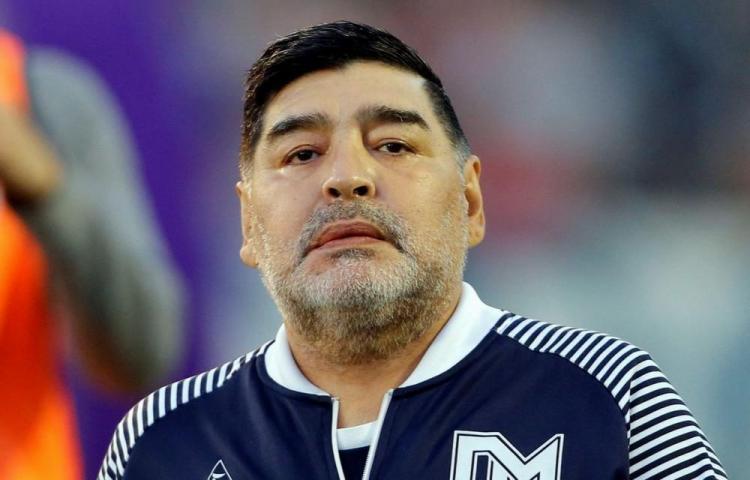 Maradona viaja a Venezuela para apoyar al dictador