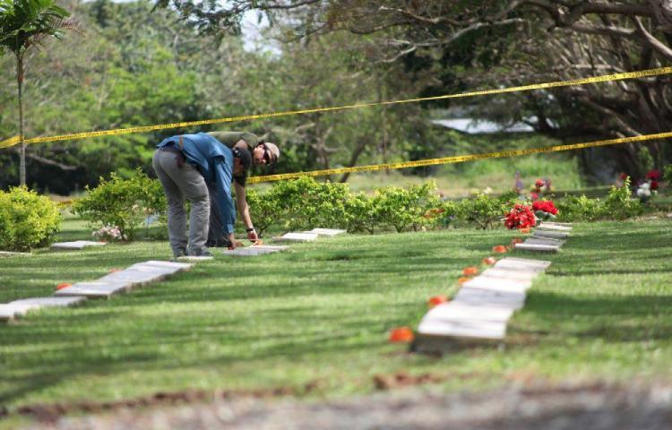 Siguen las excavaciones en El Jardín de Paz