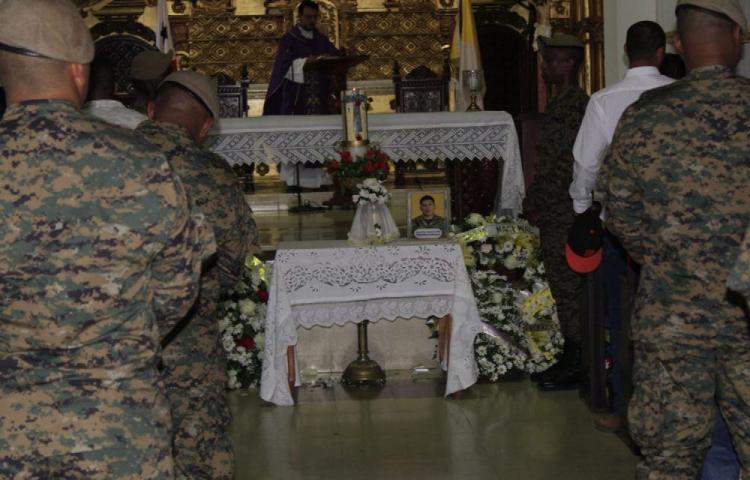 Despiden restos de sargento del Senafront que murió en Darién