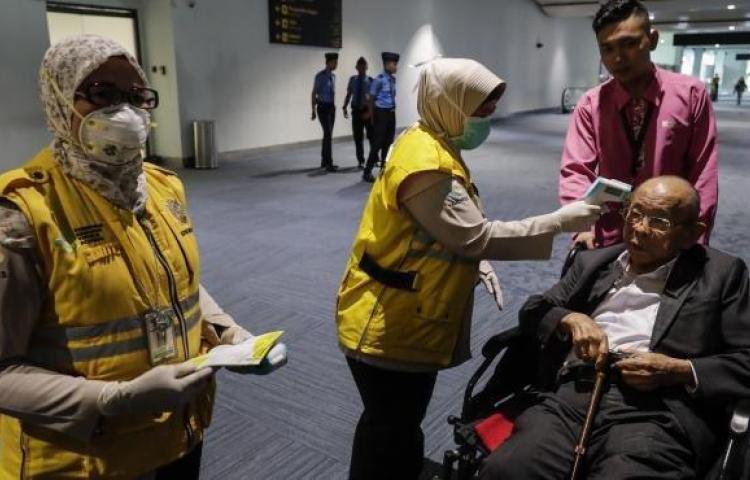 ¡Tiempo récord! China construye hospitalen 10 díaspara personas con coronavirus