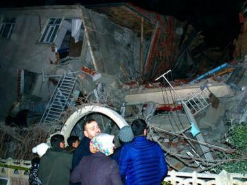 Al menos 14 muertos por terremoto en el sureste de Turquía
