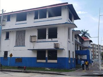 Licitarán otra vez la escuela República de Venezuela