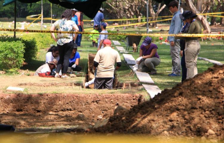 Trasladan restos óseosde víctimas del 20 de diciembre de 1989 para análisis