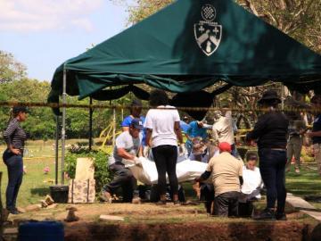 MP encuentra tres féretros más en exhumación desarrollada en el Jardín de Paz