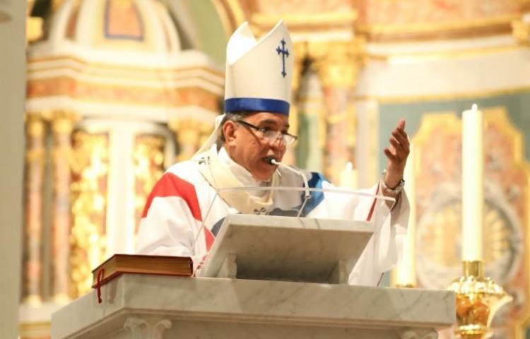 Suspenden saludo de la paz en las misas por el Coronavirus