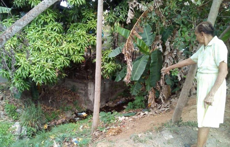 Moradores de Chitré piden al MOP limpiar una quebrada