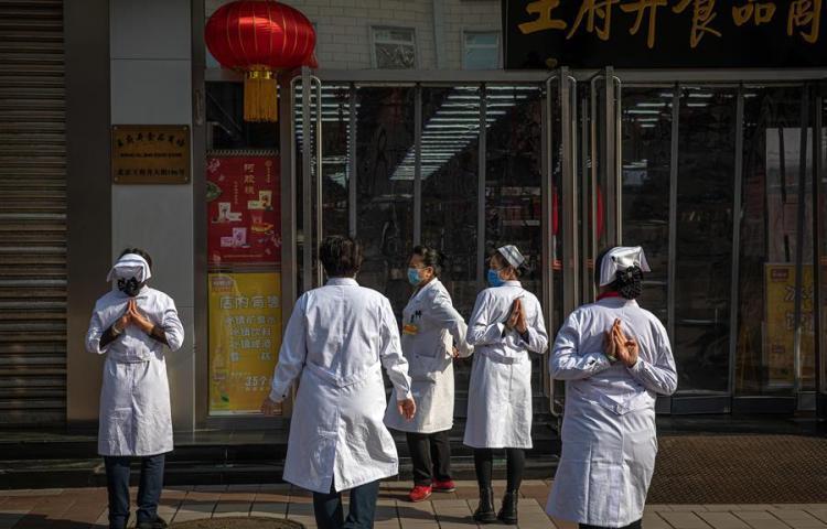 Ya son 908 muertos entre los 40.171 infectados por coronavirus en China