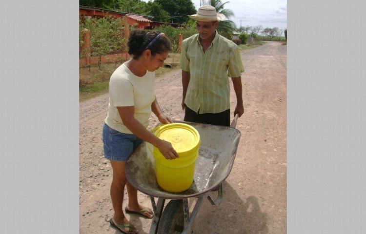 Más de 3 mil se quedan sin agua por vandalismo