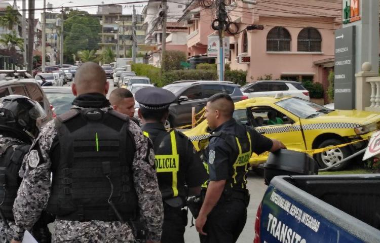 El tipo robó un taxi pero 'Linces' lo persiguieron y lo capturaron