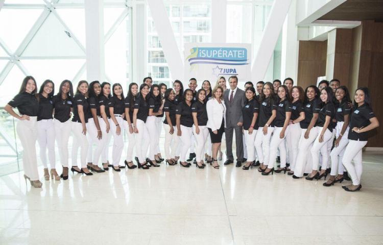 Fundación JUPÁ graduó 39 Estudiantes