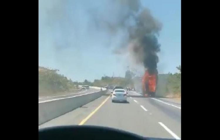 Bus se incendia con más de 30 pasajeros en Veraguas