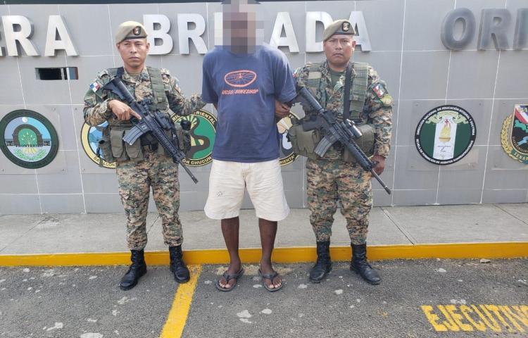 Colombiano con alerta de Interpol es aprehendido en Darién