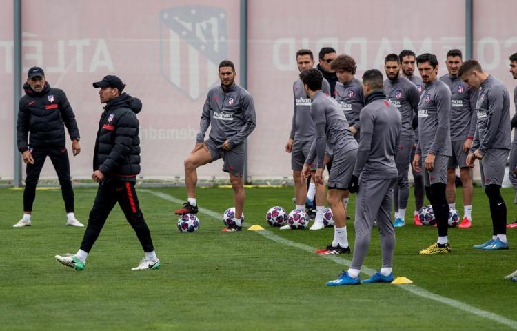 Atlético ultimó su preparación con la mente en Liverpool