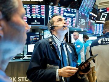 Wall Street abre en rojo tras anunciar Apple que COVID-19 afectará resultados