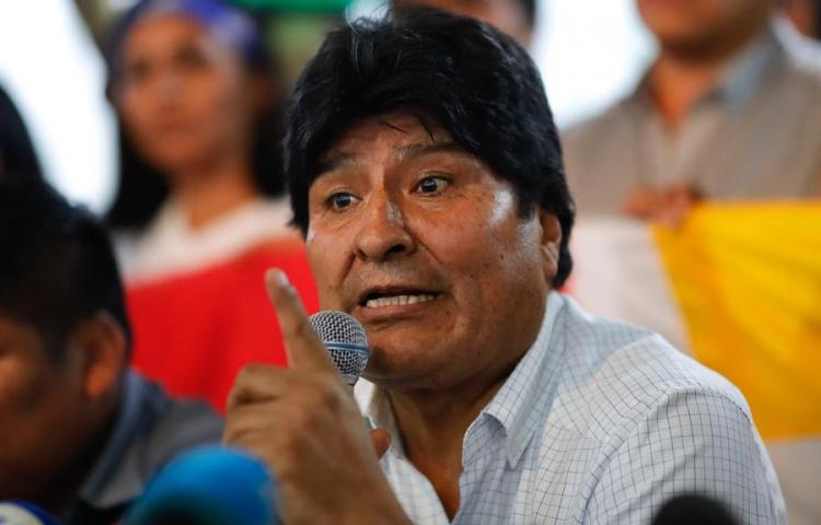 Evo Morales reúne requisitos para ser candidato a senador, dicen sus abogados