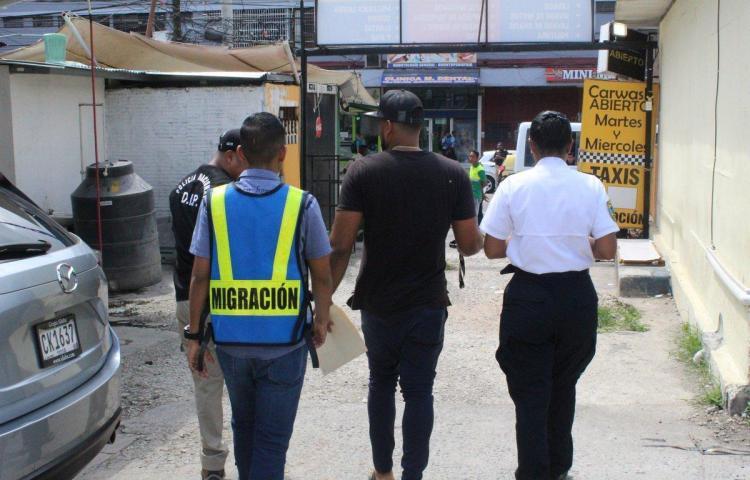 Más de 280 extranjeros son retenidos por Migración, como resultado de operativos