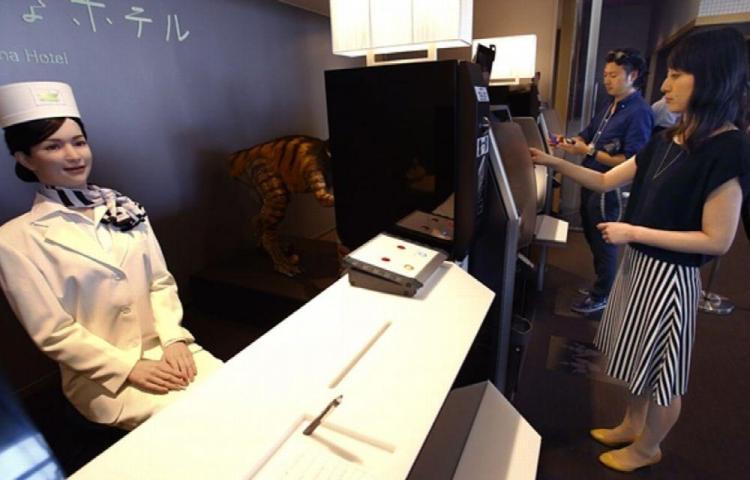 Crearon un hotel robot en Japón